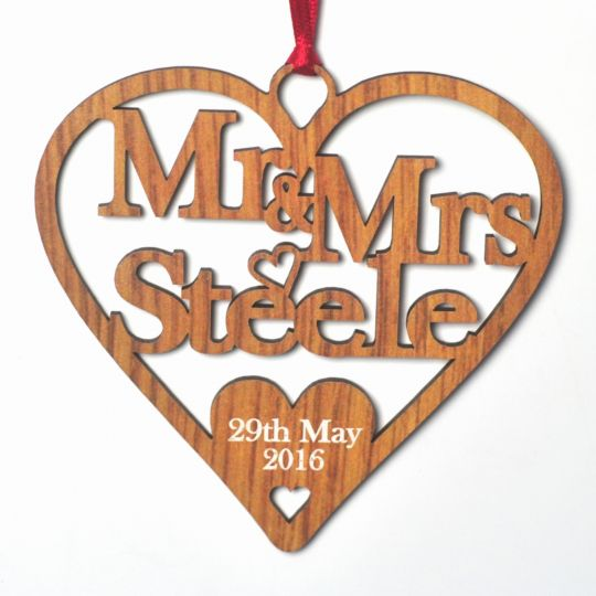 Rustic Wedding Heart Bridal Good Luck Gift 5th Anniversary Wooden Gifts Mr Mrs Oak Effect